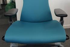 Herman Miller Embody 赫曼米勒 人体工学椅 开箱