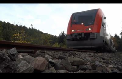 iPhone 6S的列车碾压测试