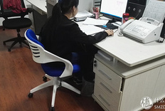 提高生活幸福感:习格X1人体工学电脑椅开箱实测