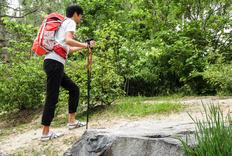 登山也别忘拍照,曼富图越野者登山杖体验