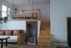 家里越想越感动的设计--升降大电视和大吊床!