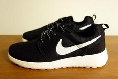 最适合夏天穿的运动鞋—NIKE ROSHE ONE