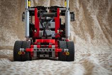 LEGO 8285B