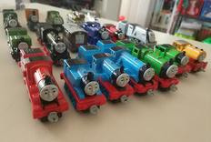 晒下我家娃的各种托马斯小火车玩具