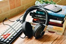 低调沉稳的性格,中规中矩的表现:飞利浦SHP8000头戴式耳机