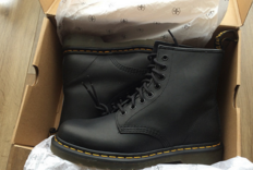 Dr. Martens 1460 Greasy 软皮马丁靴
